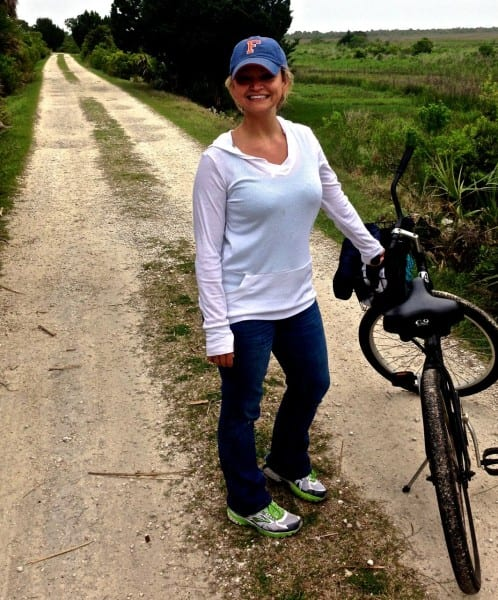 Taking a quick bike ride before the rain came. Check out my awesome mosquito-proof hoodie from ExOfficio - a MUST when visiting this very natural, sometimes very buggy island