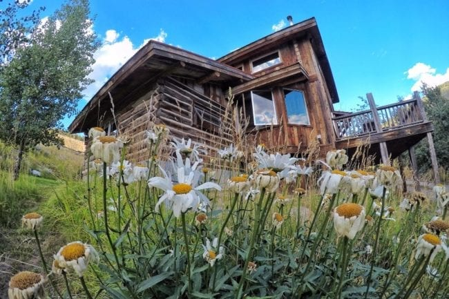 Great Find! Rustic Cabin near Yellowstone National Park thumbnail